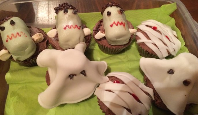ghoulish cakes