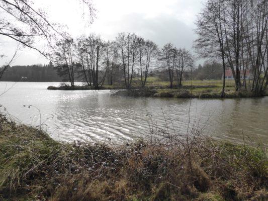 full lake
